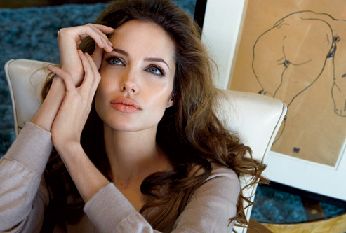 angelina-jolie-vf4