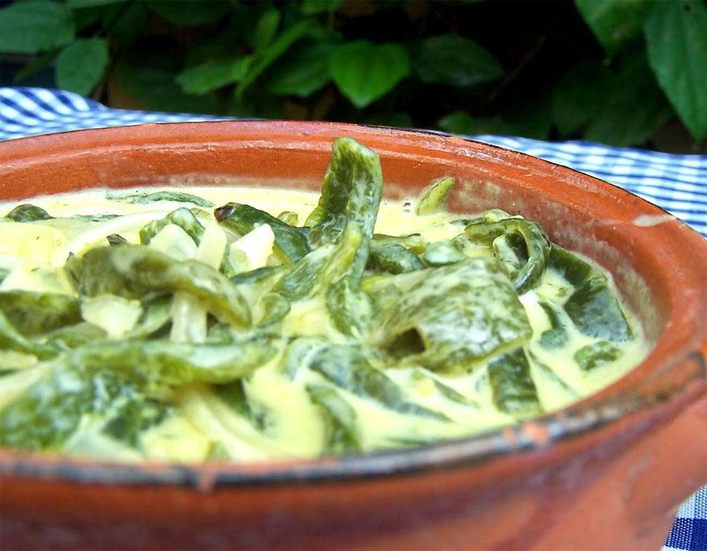 Lunes sabrosos: Rajitas de chile poblano con queso.